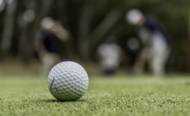 ゴルフのエイジシューターを目指す人が多くなれば日本は元気な社会だろう。