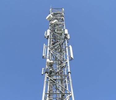 インフラから考える動画配信サービス:放送専用のインフラ拡充は効率的ではない。