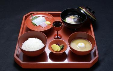 精進料理とペスカタリアンの食習慣はよく似ている。五味五色五法五感五適を考える。